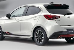all-new-mazda-2-model-sewa-mobil